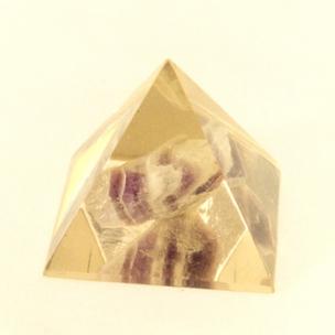 http://www.sokolowskiminerals.com.pl/181-thickbox_default/piramida-z-ametystem.jpg