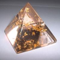 Piramida z 22-karatowym złotem